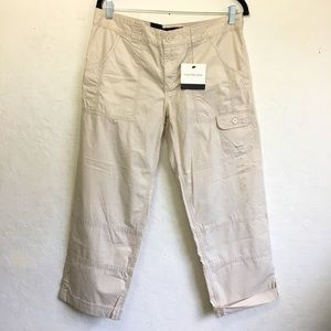 Calvin Klein Jeans Cropped Cargo in Stone …